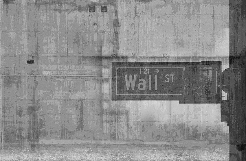 Carta da parati con seconda variante di colore per il cartello stradale indicante Wall Street